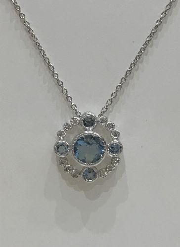 Cluster Aquamarine  And Diamond White Gold Necklace